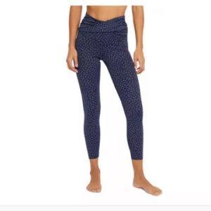 NWT Nike Women's Yoga Dots Twist 7/8 Capri Tights Midnight Blue XL $70